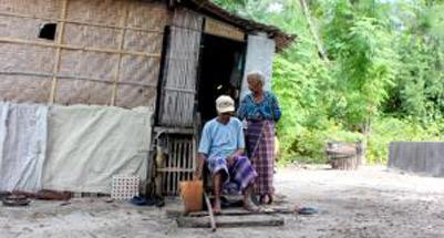 Suami istri bertahan hidupp di pulau