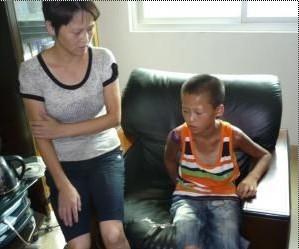 Bocah 11 tahun jalan kaki 11 hari di jalan tol