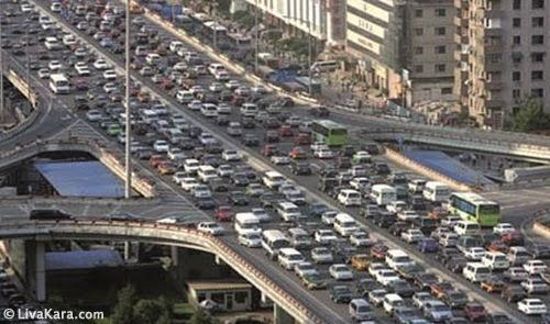 Kemacetan di Tokyo pada 12 Agustus 1990