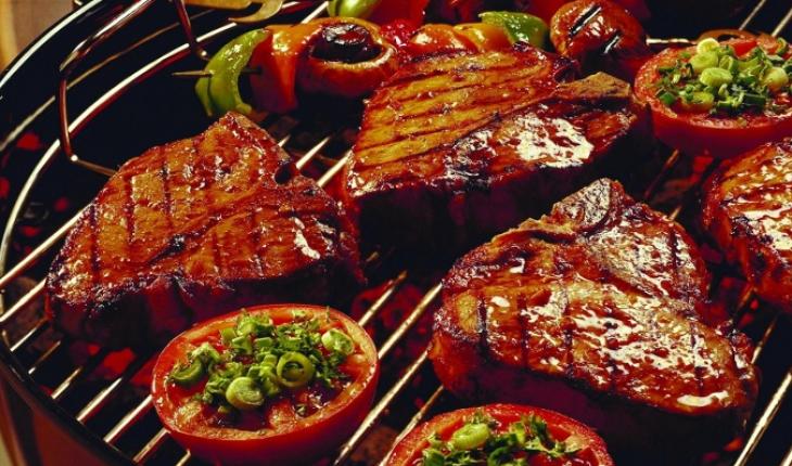 10 Makanan yang meningkatkan risiko kanker